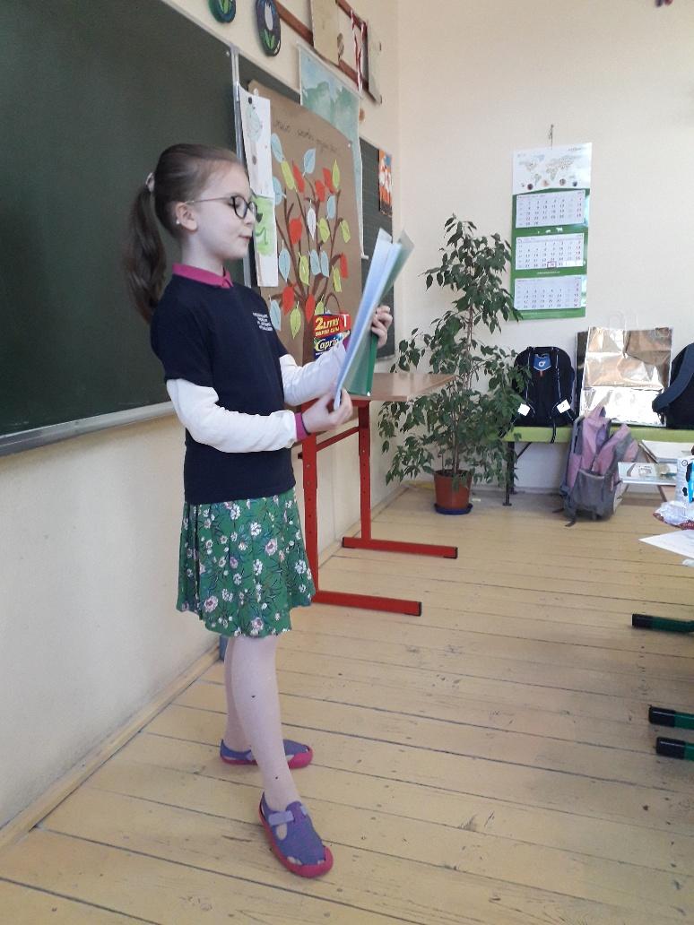 Zoja, klasowa poetka