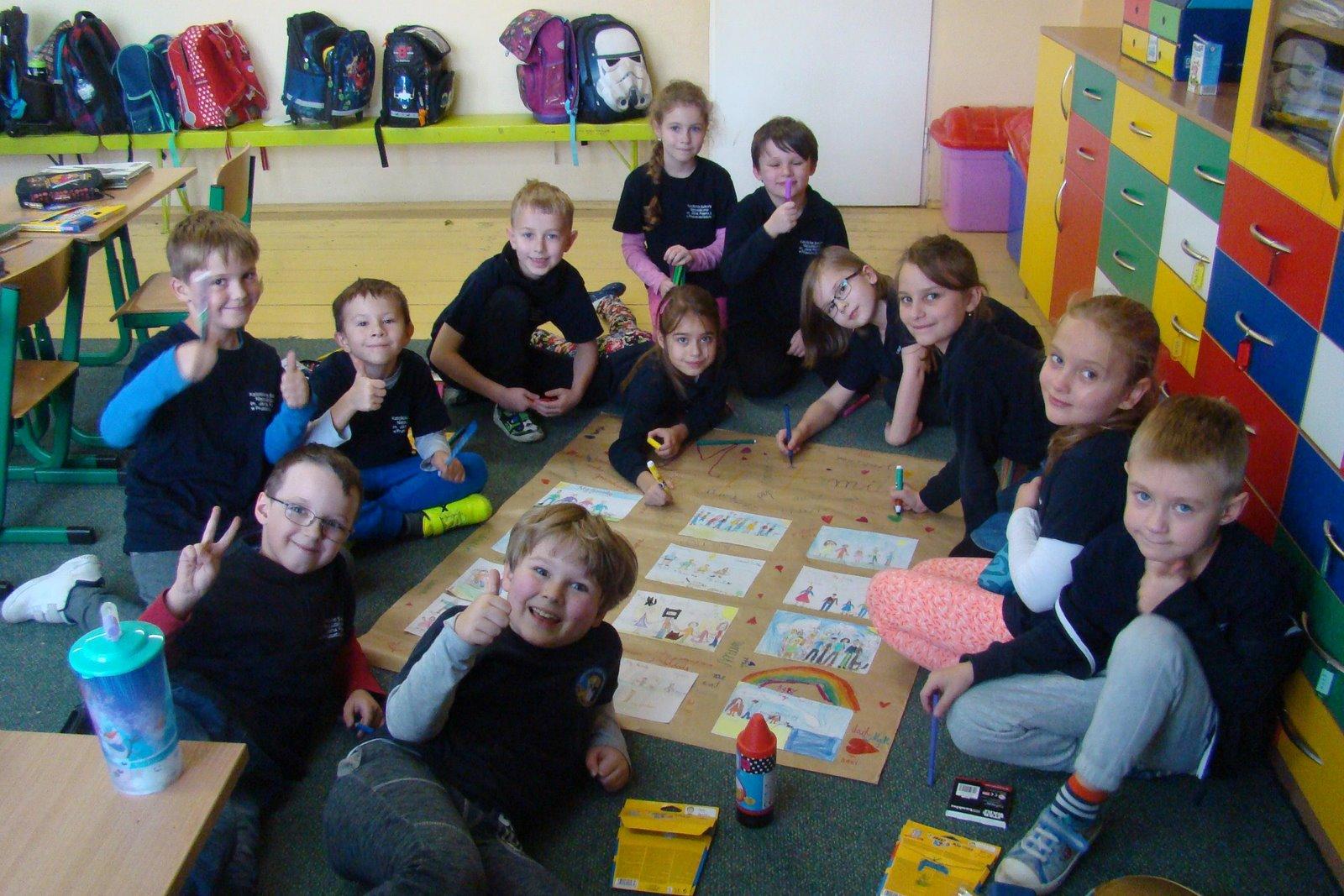 Klasa 2 - język angielski: zawsze się świetnie bawimy...