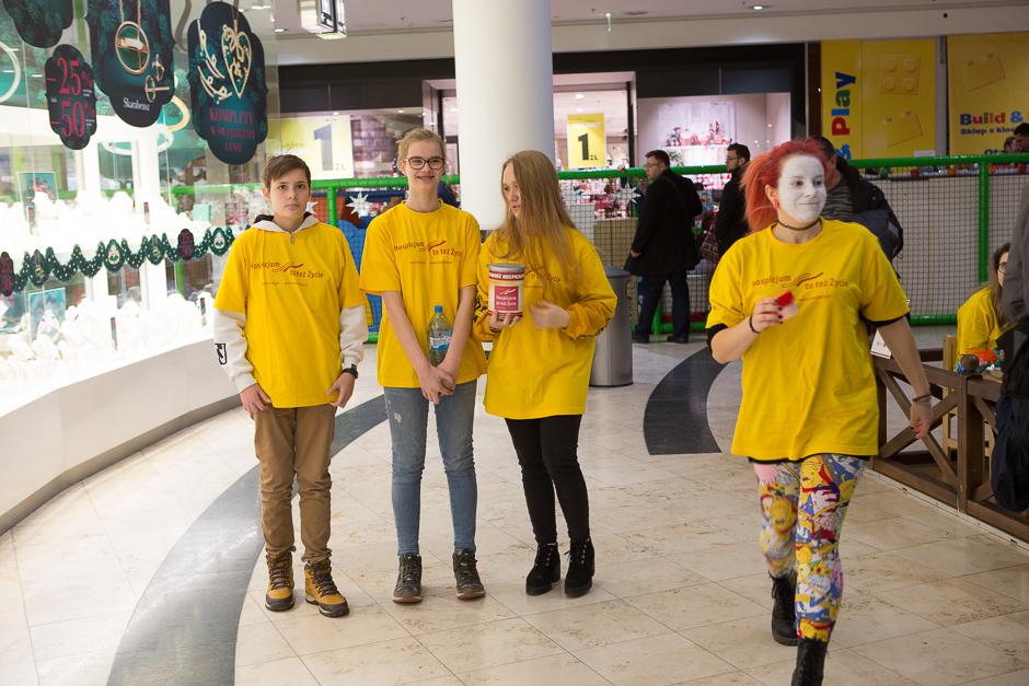 Nasza Młodzież wzięła udział w kweście w Galerii Bałtyckiej