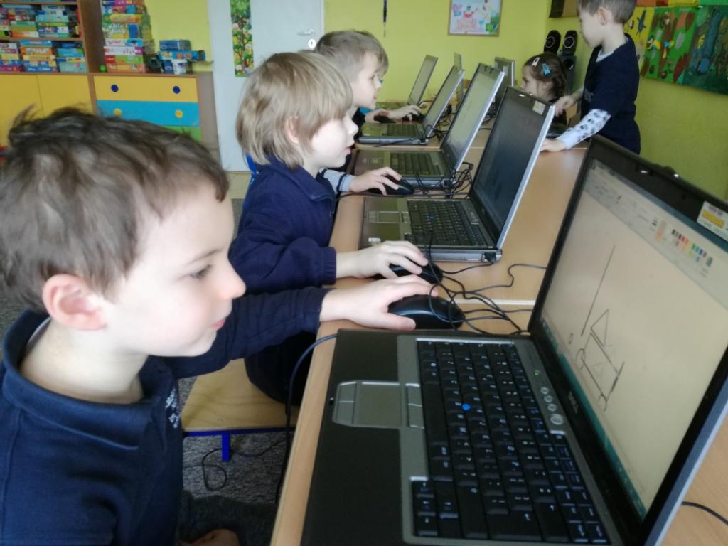 Nasze ulubione zajęcia komputerowe :)