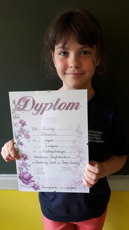 Diana Błaszczuk - II miejsce w Międzyszkolnym Konkursie Recytatorskim