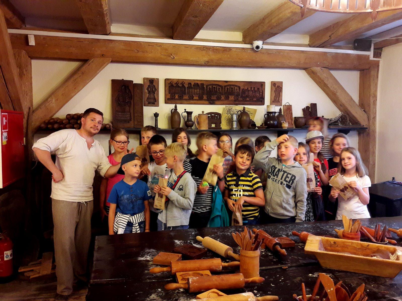 Klasa III na wycieczce w Toruniu – dzień 1